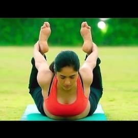 Sunaina Hot Yoga || desi romance || Hot Yoga || Morning exercise yoga || Tamil Telugu hot aunty