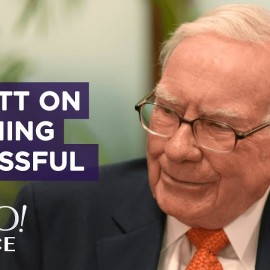Warren Buffett shares advice on becoming successful